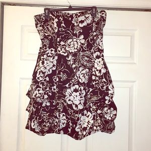 Black White Floral Strapless dress Size 13